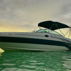 private boat charter in grand cayman